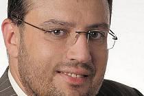Jihomoravská ODS definitivně vystoupila z koalice s ČSSD. Vedlo ji k tomu údajně především trvalé porušování koaliční smlouvy. Předseda jihomoravské ODS Jiří Kadrnka zároveň symbolicky smlouvu přeškrtl.
