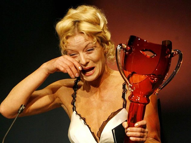 Dva z úspěšných. Vilma Cibulková byla dojata k slzám.