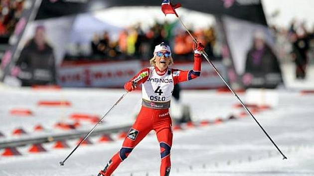 Norská závodnice Therese Johaugová opanovala královský závod na třicet kilometrů.
