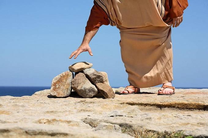 Kamenování ještě ze světa nevymizelo
