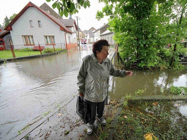 Vytrvalé deště způsobily problémy v Polné na Jihlavsku.