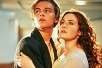 """Titanic – jeden z komerčně nejúspěšnějších filmů v historii kinematografie a neméně úspěšná hudba z toho snímku ožijí společně ve strhující audiovizuální show """"Titanic Live"""", která zamíří ze světové premiéry v londýnské Royal Albert Hall rovnou do Prahy."""