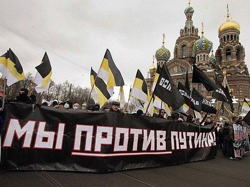 Lidé v Petrohradu demonstrovali proti politice premiéra Putina