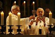 První mši v novém roce 2009 sloužil v chrámu sv. Víta na Pražském hradě primas české katolické církve, kardinál Miloslav Vlk.