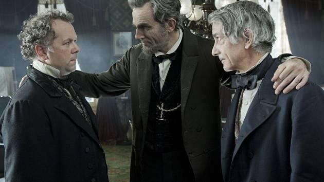 Žhavý oscarový kandidát: Lincoln s 12 nominacemi.
