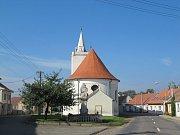 Kostel v Dolních Věstonicích