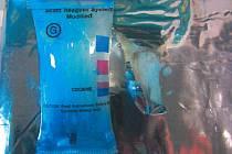 Nejméně osm Čechů bylo zadrženo při zátahu na mezinárodní síť pašeráků kokainu.  Zdroj: http://www.denik.cz/z_domova/nejmene-osm-cechu-bylo-zadrzeno-kvuli-pasovani-kokainu-20150827.html