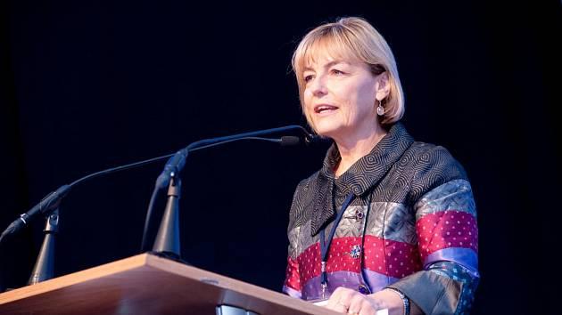 Vesna Pusičová