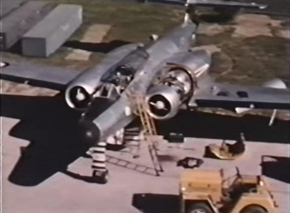 Dvoumístný stíhací letoun CF-100