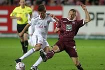 Jiří Bílek (vpravo) si zahrál i v Bundeslize.