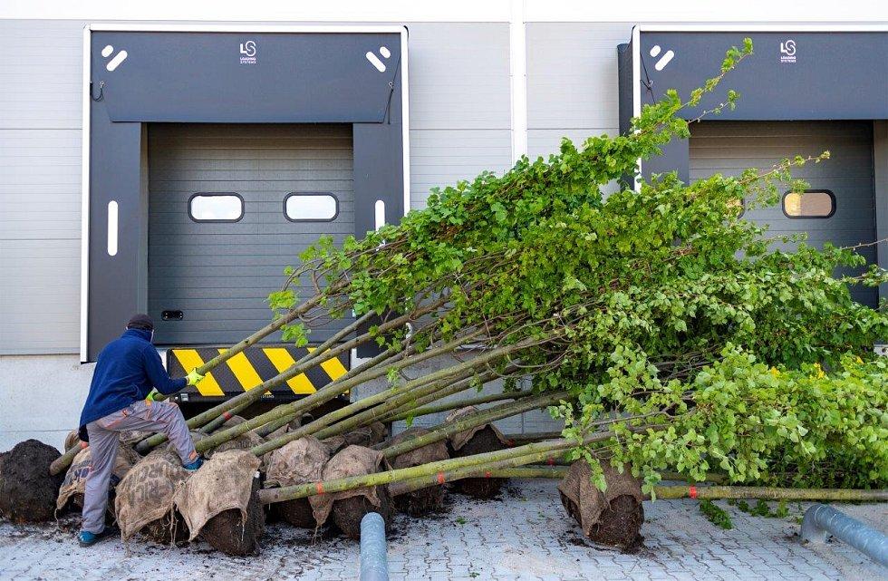 V rámci výstavby je velmi důležité využívání materiálů s nízkou uhlíkovou stopou a použití certifikovaných materiálů, které jsou šetrné k přírodě v celém svém životním cyklu.
