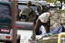 Při střelbě, kterou spustil muž v blízkosti areálu Texaské univerzity v americkém městě College Station, přišli o život tři lidé.