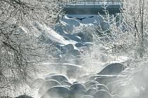 Mrazivé počasí, sníh, zima, mráz - ilustrační foto