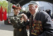 Rusko opět oslavilo výročí válečného vítězství nad nacistickým Německem s pompou a rozmachem, které státní rozpočet přišly na stamiliony rublů.