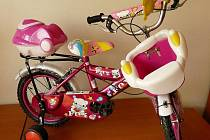 Dětské kolo značky FOX vyrobeného v Číně.
