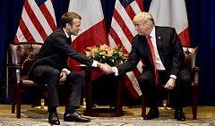 Donald Trump se v New Yorku sešel s Emmanuelem Macronem