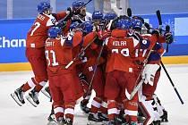 Čeští hokejisté zatím v olympijském turnaji jen vítězí. Bude to platit i po páteční bitvě s Rusy?