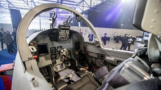 Kokpit letounu L-159 z produkce Aero Vodochody