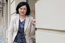 Důležité soudy. Místopředsedkyně EK Věra Jourová se zabývá i evropskými fondy. V současnosti se snaží prosadit nevyplácení peněz z fondů EU zemím, kde není nezávislé soudnictví.