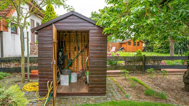 Zahradní domek na nářadí.