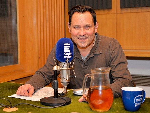 Pavel Vítek je nový moderátorem na stanici Český rozhlas Region Střední Čechy.