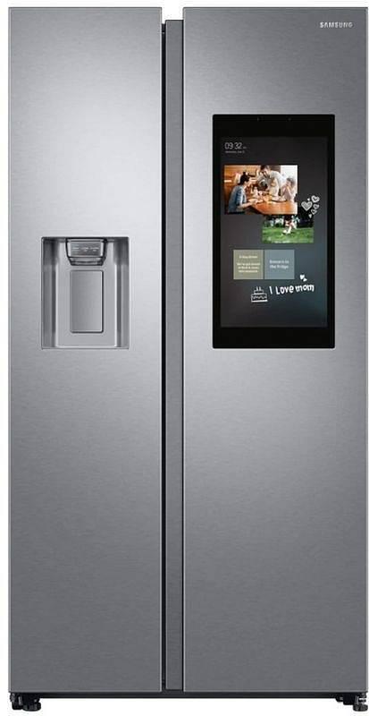Chladnička Samsung Family Hub. Hledáte při vaření recepty na mobilu nebo tabletu? S touto chladničkou si je pohodlně najdete na velkém displeji přímo na dvířkách.