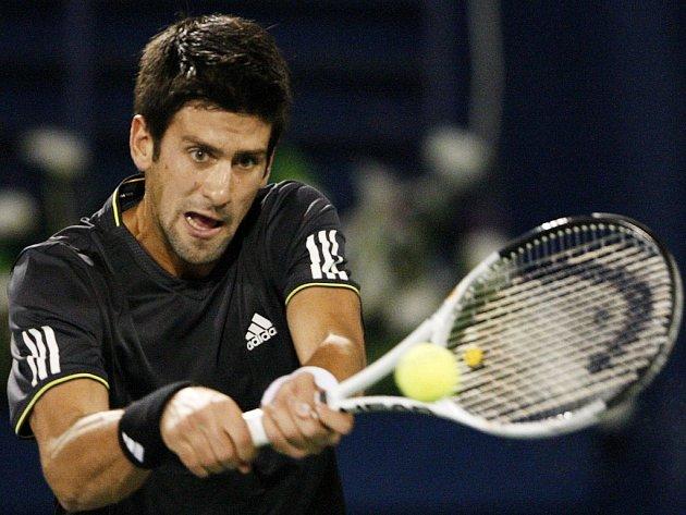 Srb Novak Djokovič na turnaji v Dubaji.