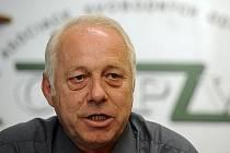 Předseda Asociace samostatných odborů (ASO) Bohumír Dufek