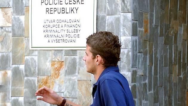 Záložník Slovanu Liberec Daniel Pudil nezastavil policejní hlídce a strávil noc v cele.