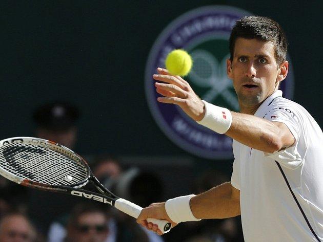 Novak Djokovič ovládl letošní Wimbledon ještě jako svobodný, teď se bude prát o tituly už jako ženatý muž.