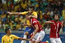 Fotbalisté Brazílie odvrátili vyřazení čtyřmi góly Dánům