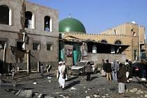 V Jemenu dnes zemřelo při výbuchu muničního skladu 22 vojáků ze Spojených arabských emirátů.