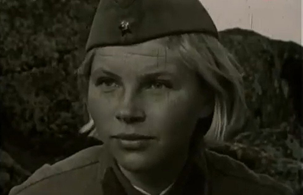 Jeho hrdinkami byly vojačky na území daleko za frontou, které musí nečekaně čelit přesile německých parašutistů vysazených do sovětského týlu