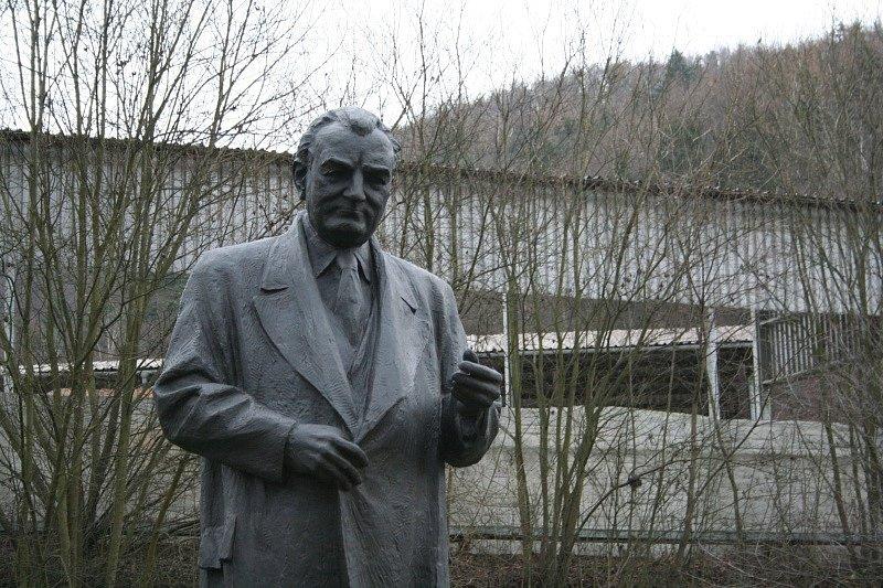 Před jedenácti lety město Blansko sochu Klementa Gottwalda půjčilo tehdejší blanenské slévárně DSB Euro.
