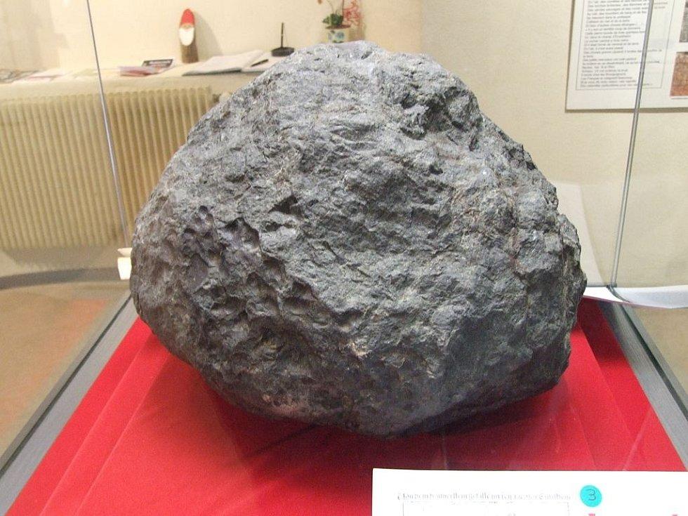 Meteorit z Ensisheimu je nejstarším meteoritem, který se v západním světě dochoval