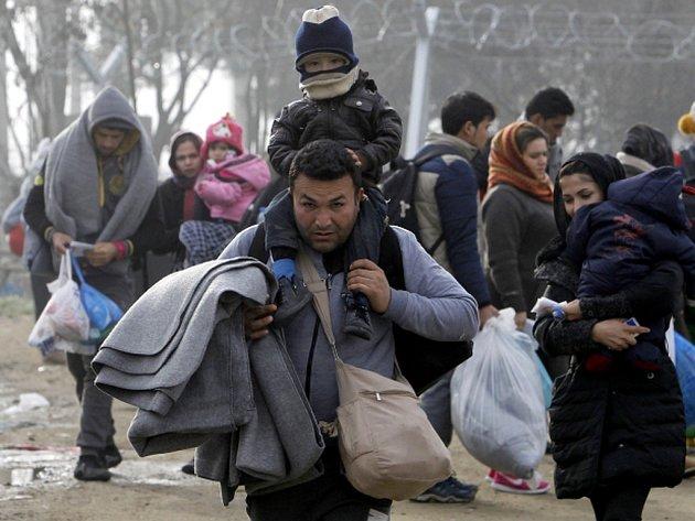 Dánská pravicová vláda dnes ohlásila dohodu s hlavní opoziční stranou, která má zajistit hladkou podporu parlamentní většiny pro kontroverzní návrh zákona o konfiskaci majetku migrantů za účelem financování jejich pobytu.
