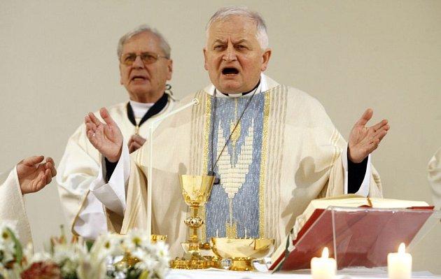 Mši celebroval Mons. Karel Herbst.