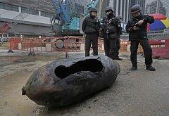 Policejní pyrotechnici zneškodnili v Hongkongu bombu