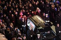 Polsko drží státní smutek za zavražděného starostu Gdaňsku