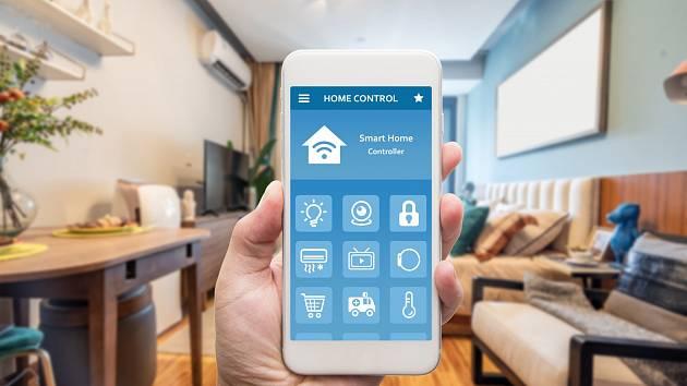 Domácnost můžete ovládat i chytrým telefonem