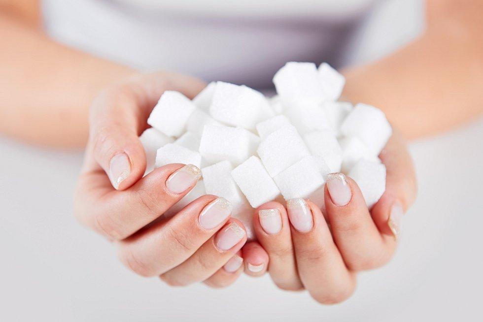 Cukr by měl hrát ve vašem jídelníčku je okrajovou roli.