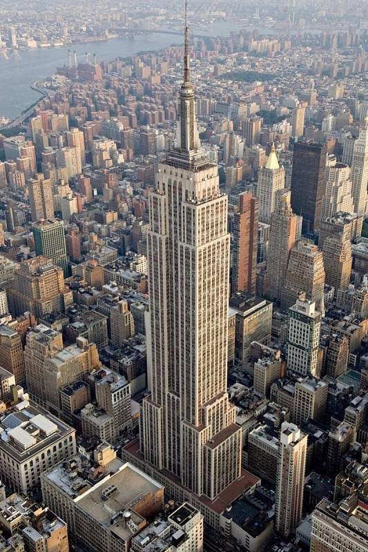 Po 40 let byl slavný Empire State Building nejvyšším mrakodrapem světa