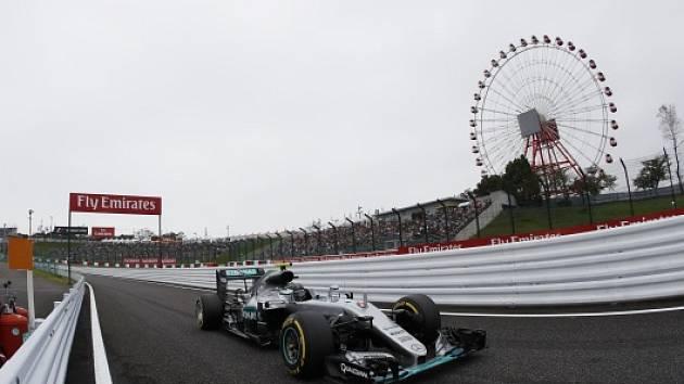 Nico Rosberg na trati v japonské Suzuce