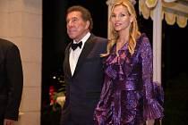 Steve Wynn se vždy nechával vidět ve společnosti krásných žen