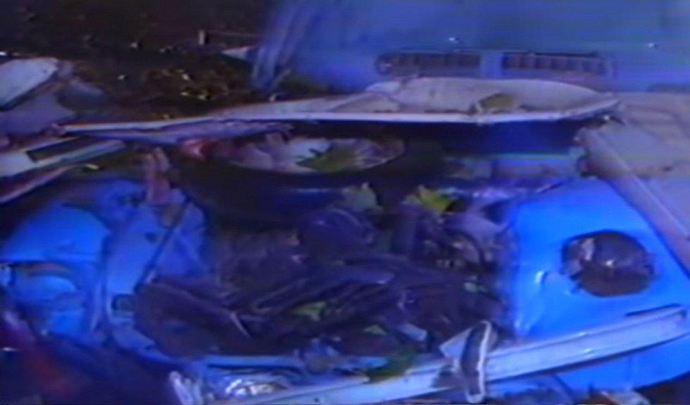 Auta v podzemním parkovacím domě byla zcela zničená