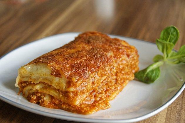 Lasagne smletým masem