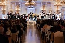 Úchvatný hudební zážitek slibuje vystoupení vynikající francouzské sopranistky Claire Lefilliâtre, doprovodí ji residenční soubor festivalu Collegium Marianum (na snímku).