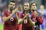 MIlan Baroš, Petr Jiráček a Tomáš Rosický děkují fanouškům po zápase s Portugalskem.