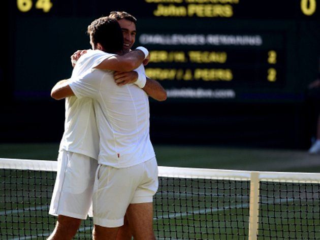 Jean Julien Rojer a Horia Tecau ovládli na Wimbledonu čtyřhru.