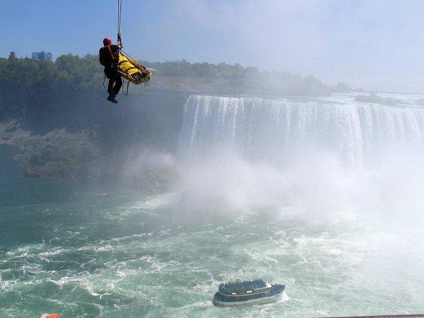 Záchranná akce u Niagárských vodopádů